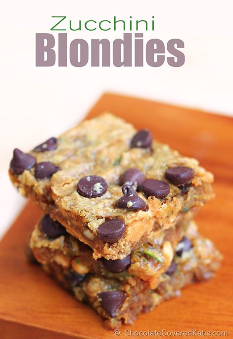 NO oil + soft and gooey chocolate chip blondies that are secretly healthy and taste like something you'd get from a cafe or coffee shop. Recipe: http://chocolatecoveredkatie.com/2014/11/03/chocolate-chip-zucchini-bars/
