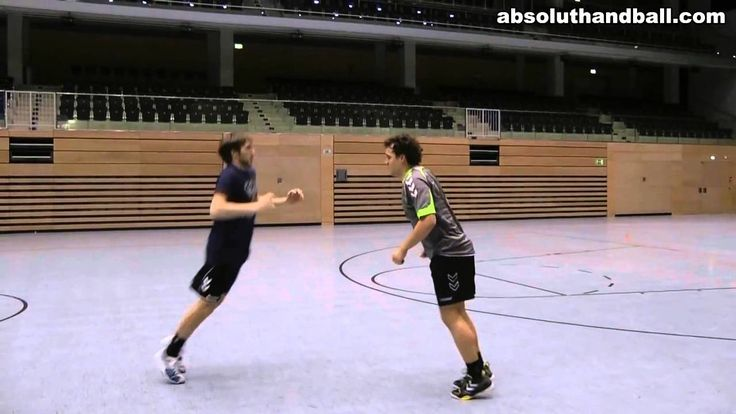 Handball 1-1 training