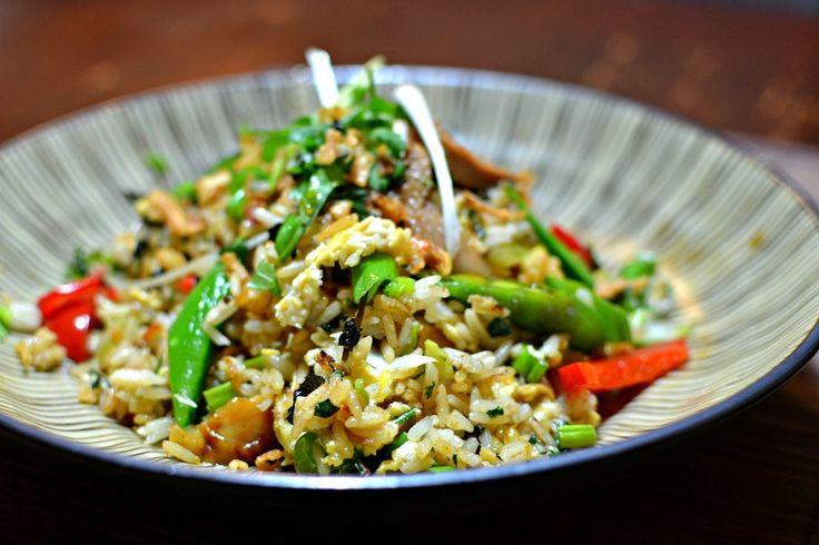 L'authentique recette du riz sauté au poulet thaïlandais (Khao Pad Kai)