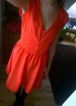 Kup mój przedmiot na #vintedpl http://www.vinted.pl/damska-odziez/krotkie-sukienki/13127103-nowa-jaskrawa-sukienka-z-hm