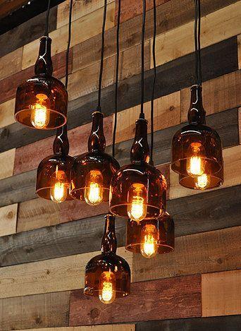 Der Gran Marnier Recycled Likör Flasche 8-Licht Quadrat Kronleuchter mit Metall Baldachin und Vintage-Stil Edison-Glühbirnen – Modernes rustikales Dekor