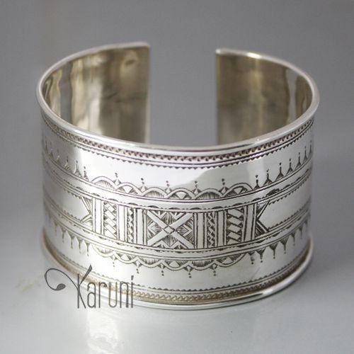 Bijoux Touareg Ethniques Bracelet Manchette en argent Large Gravé 04