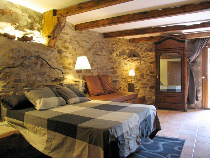 Casa de montaña con todas las comodidades. Buenas vistas y cerca de Andorra y La Cerdanya. Dispone de Wifi. Deportes de aventura y estaciones de esquí cercanas a la casa. || #tourisme #catalogne #catalunya #bescaran #alturgell