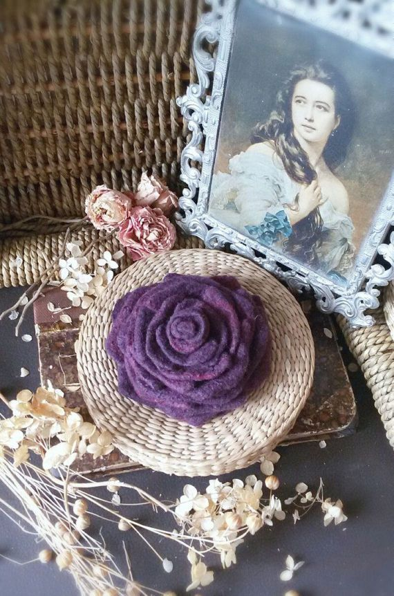 Dark purple Rose brooch Felt Rose Flower от WoolTextileHandmade