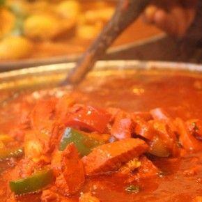 Блюда индийской кухни - настоящий рай для гурманов.