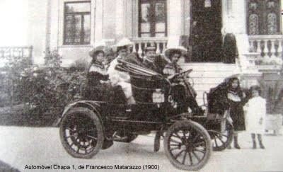 Automóvel com placa número 1 concedida ao Conde Francisco Matarazzo na cidade de São Paulo.