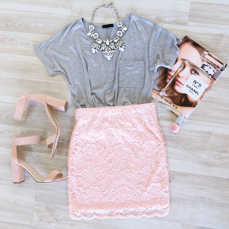 Looking for the perfect go to skirt for any occasion - well look no more. This amazing Atlanta Lace Skirt in Blush features a delicate stretch lace for the perfect fit. Elastic waistband. Lined.