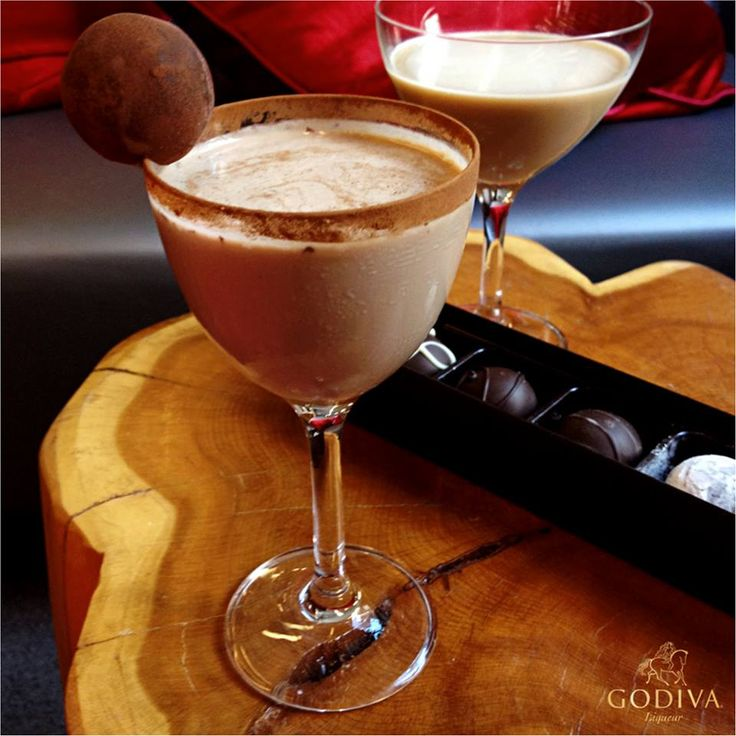 GODIVA Fiery Lady 1.5 oz. GODIVA Milk Chocolate Liqueur 0