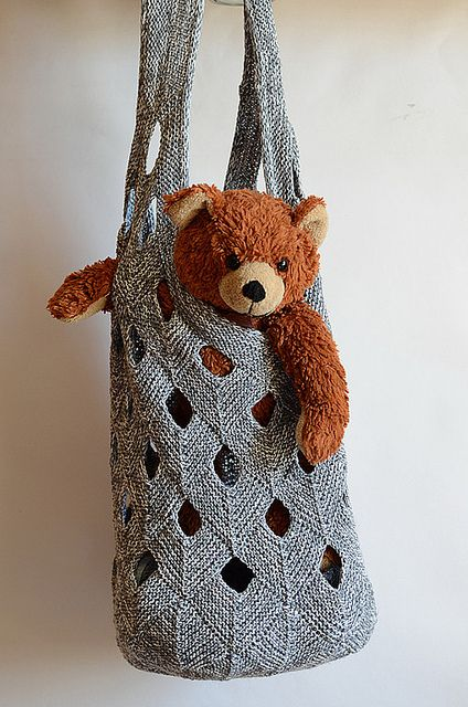 Knit net duffel market bag. Could do this in several different colors to bust a stash. #stashbusters #knitting