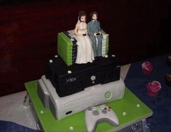 xbox wedding cake with a bride and groom!  www.themarriedapp.com hearted <3