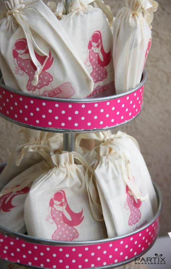 Pink Girl Tween 10th Birthday Party Planning Ideas Decorations