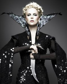 """Charlize Theron as The Queen in """"Snow White and the Huntsman"""""""