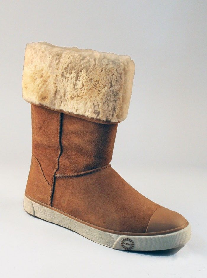 UGG Sheepskin Tall Boots Delaine in Chestnut. UGG classic women boots. Introducing womens UGG Delaine. Combines traditional sneaker styling with genuine Twinface  an UGG signature. Roll them over or wear them high. Australian boots  sheepskin included! Stay cozy and warm and keep comfortable in these hardy sheepskin tall boots. SKU: 1886-CHESTNUT Boiled wools. Scotchgard protected Silkee Suede uppers. Lined with smooth pigskin leather, and Twinface sheepskin. A