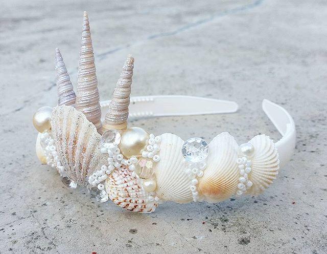 Mermaid Crown                                                                                                                                                                                 Más