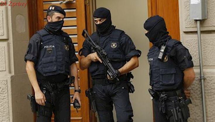 Útočník z Barcelony je možná stále naživu a na útěku. Podezřelým je Abouyaaqoub