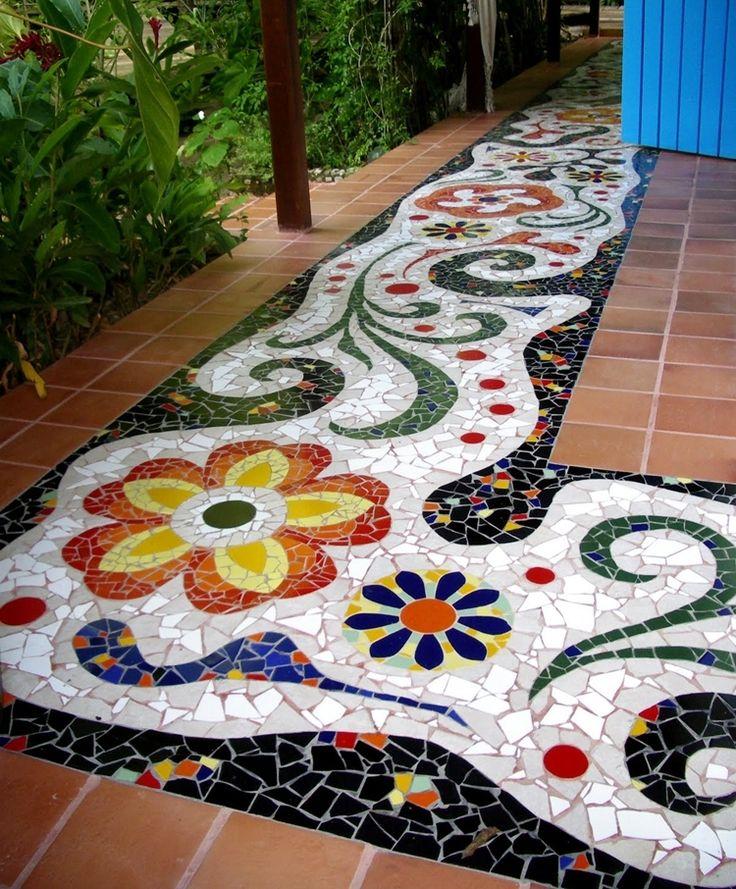 Lo que se puede hacer con pedazos de baldosa o azulejos for Mosaicos para patios precios