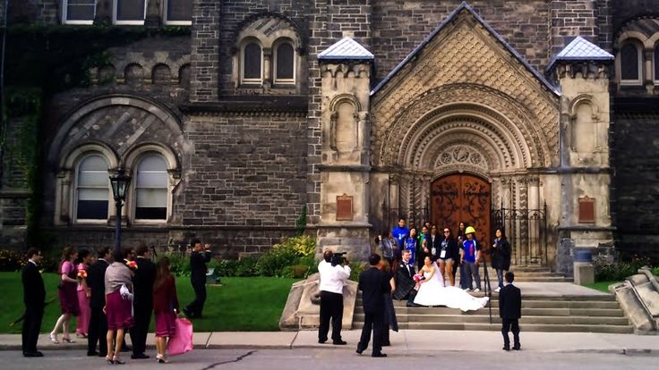 University of Toronto is perfect for wedding pictures and the Faculty Club is the MUST HAVE wedding venue on campus. Perfect pair for a perfect couple #UofT #weddings
