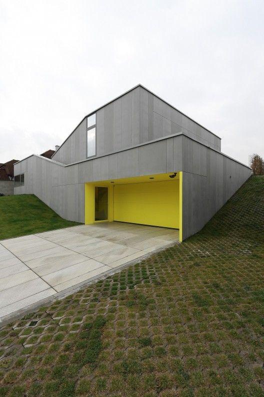 Casa K2 / Pauliny Hovorka Architekti (Banská Bystrica, Eslovaquia) #architecture
