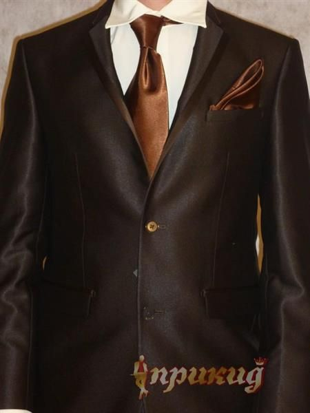 Цвет рубашки под коричневый пиджак