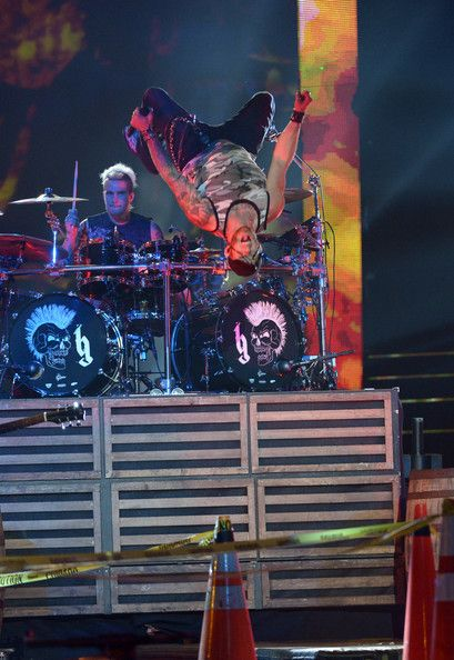 Brantley Gilbert Photos Photos - Brantley Gilbert performs onstage at the 2014 CMT Music Awards Rehearsals Day 2 at Bridgestone Arena on June 3, 2014 in Nashville, Tennessee. - CMT Music Awards Rehearsals: Day 2