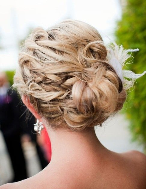 Updo Hair Style -This looks like it would be perfect to take out later in the evening and still look gorgeous with loose waves!