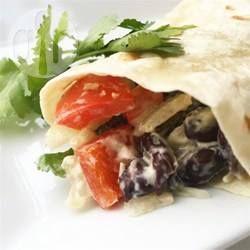 Burritos mexicanos de feijão e pimentão vermelho @ allrecipes.com.br
