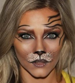 Warm smokey cat eye Halloween makeup