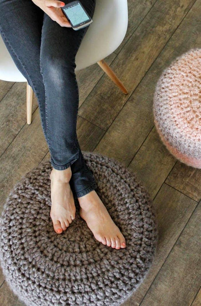 Poppytalk: 10 Beautiful DIYs for Your Home: Free Crochet Cushion Pattern