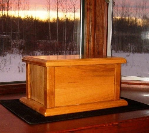 Free Wood Cremation Urn Box Plans - How to Build Wood Cremation Urns