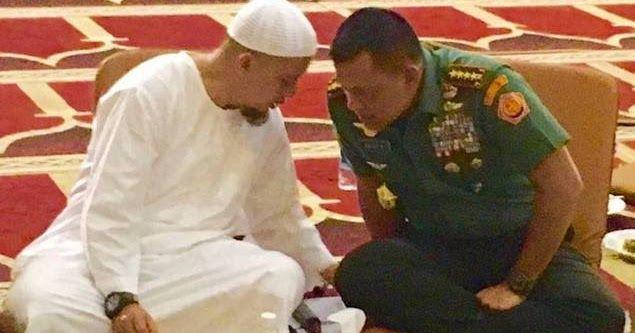 Ust. Arifin Ilham: Panglima TNI Jendral Gatot Nurmantyo Sosok Jendral Penjaga Wudhu, Shalat Tepat Waktu