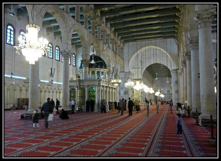 grote moskee met shrine met hoofd johannes de doper - damascus
