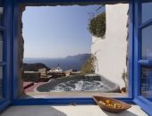 Esperas Santorini with private Jacuzzi. What I want for my Honeymoon!