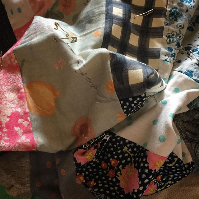 The slow task of hand quilting adds that extra touch of love to quilts. This quilt is off to some very special family members for Xmas. Of course that's if I finish it in time. Mixed fabric weights- linen, double gauze, liberty and flannel give it an eclectic style.