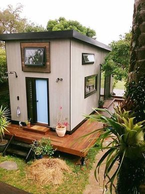 This newly built tiny home for two in Australia proves that downsizing does not mean you must sacrifice comfort. It's called Zen Tiny House, and it is quite large for a tiny home, and certainly big enough to accommodate the two owners, Nadia and Kester Marshall and their two Australian shepherd dogs. Nadia designed the home herself, and commissioned the local tiny house builder Sam Commerford to build it. The home is 24.6 ft (7.5…