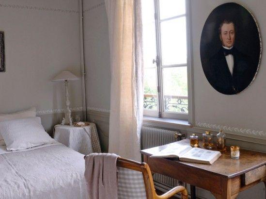 Déco intérieure : découvrez cette maison normande et son jardin anglais