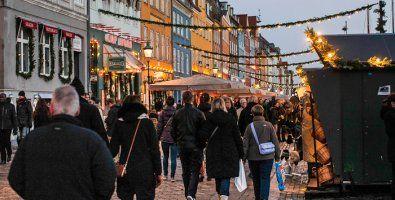 Рождественская ярмарка в Копенгагене, Дания Christmas Market in Copenhagen, Denmark Weihnachtsmarkt in Kopenhagen, Dänemark Marché de Noël à Copenhague, Danemark