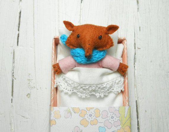 Woodland felt animal kids felt fox woodland plush stuffed red #sleepyfox #stuffedfox #feltfox #fox #feltedfox #atelierpompadour