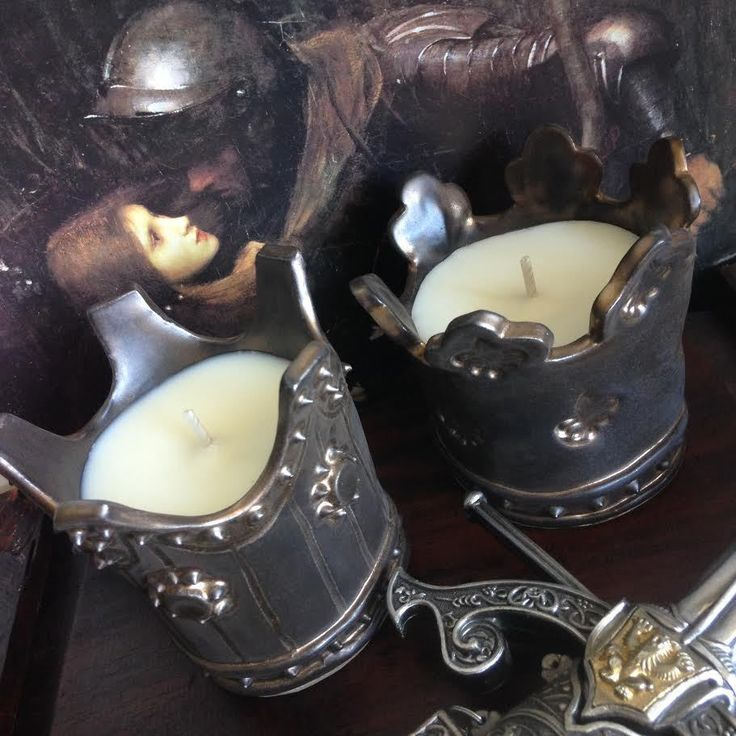Pure Soy Hand Made Rustic King Crown Candle - Choose Fragrance in Crafts…