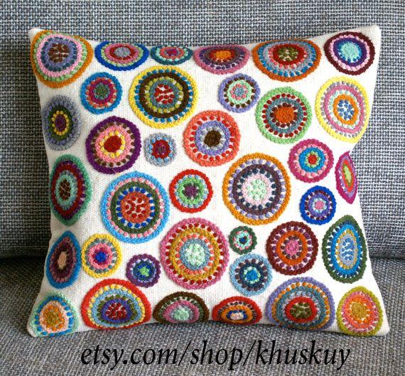 Perú almohada bordado círculos multicolores ovejas y por khuskuy