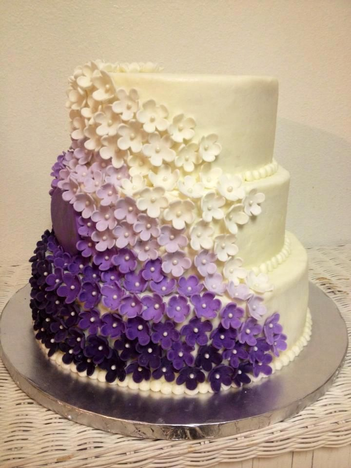 Purple Colour Cake Images : Purple - Purple ombre marshmallow fondant flowers on this ...