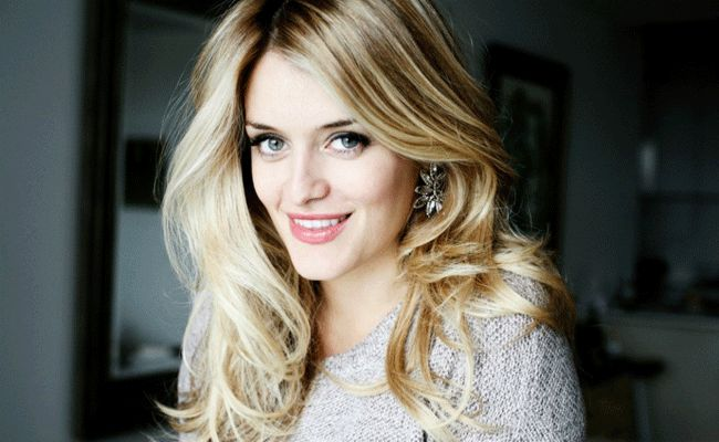 Daphne Oz's Baby Girl&'s Name Has Old-World Style — and a Foodie Nickname