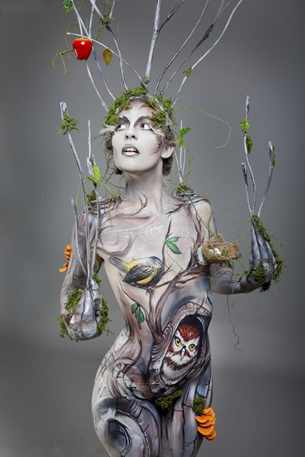 Body painting by the amazing Ambah - ✯ www.pinterest.com/WhoLoves/Body-Art ✯ #BodyArt