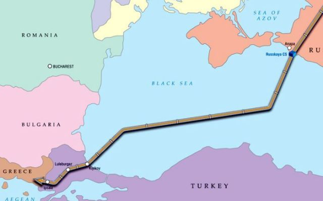 Il patto energetico tra Mosca e Atene Russia e Grecia hanno firmato un'intesa per prolungare la realizzazione del gasdotto Turkish Stream che porta il gas russo in Turchia attraverso il Mar Nero. Per il governo greco, il gasdotto sarà un #russia #gasdotto #grecia