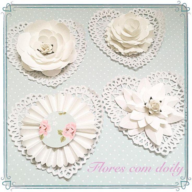 flores de papel com doilys (toalhinha de papel)