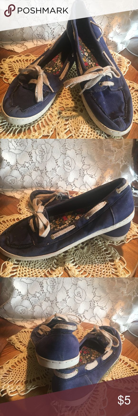 🌻K9 by Rocket Dog Boat Shoes, size 9.5, box D K9 by Rocket Dog Boat Shoes, size 9.5, box D. Blue boat shoes that show lots if wear. K9 by Rocket Dog Shoes