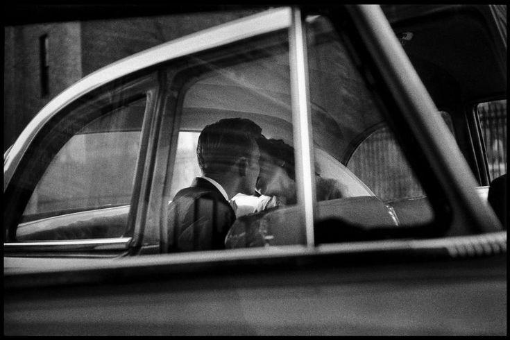 Beautiful. New York City, 1955 - Elliott Erwitt