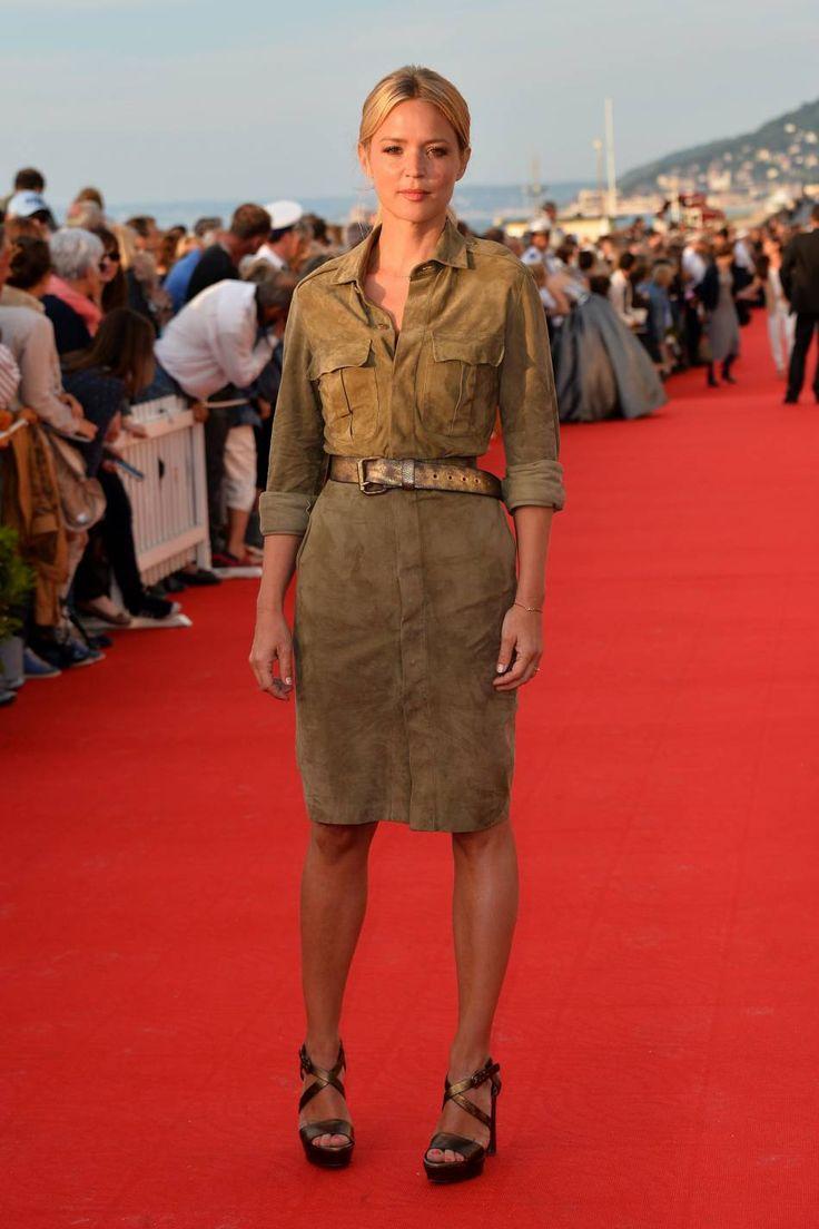 Virginie Efira affichait un look safari chic à Deauville en 2015.