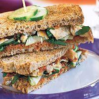 Recept - Mediterrane clubsandwich met makreel - Allerhande