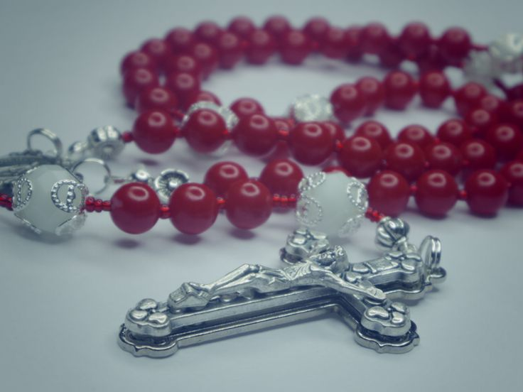 """""""The Rosary Will Fight Your Battles"""" Listen to message- http://rosary.cieloscent.com/cr-436-the-praying-of-the-rosary-will-fight-your-battles/"""