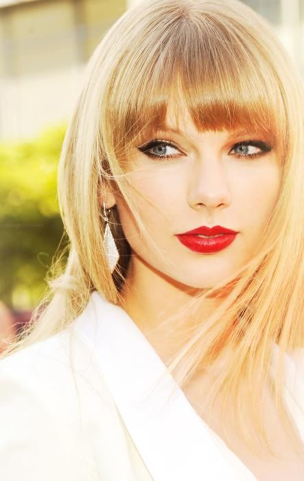 Taylor Swift = GORGEOUS